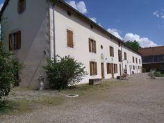 Bâtiment avec Chambres d'Hôtes et studios meublés à vendre à Briare en Loiret