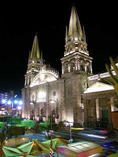 Catedral de Guadalajara Yosihiro K  Tour By México.