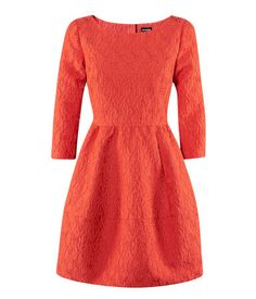 Short brocade dress made partly of recycled polyester. Fitted bodice with 3/4-length sleeves, flared skirt and covered buttons at back. Lined