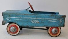 "A vintage Murray ""Tee Bird"" steel pedal car. Neighbor children had a car… Tricycle, Vintage Love, Retro Vintage, Vintage Iron, Vintage Trucks, Ride On Toys, Pedal Cars, Tin Toys, Retro Toys"
