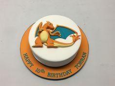 round cake with cut out of Charizard and a Pokémon Logo. Pokemon Birthday Cake, 30 Birthday, Pokemon Torte, Charizard Pokemon, Bithday Cake, Cake Decorating Supplies, Cakes For Boys, Round Cakes, Dessert Recipes