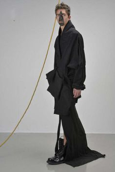 The Thomas Van der Jeught Fall/Winter 2013 Collection is Minimal