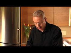 Testing a Knife's Sharpness by Bob Kramer and Zwilling J.A. Henckels - YouTube