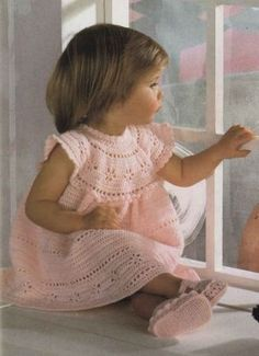 Baby-or-Girls-Stunning-Princess-Occasion-Dress-Shoes-Vintage-Crochet-Pattern