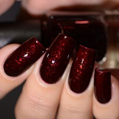 Gracefull Nail Polish Warren Sisters Collection Balthazar Making fat nails in the home is very Red Sparkle Nails, Deep Red Nails, Burgundy Nails, Sparkle Nail Polish, Black Nails With Glitter, Polish Nails, Classy Nail Designs, Simple Nail Art Designs, Red Acrylic Nails