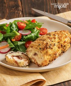 We've made over one of our favourite dip recipes by using better-for-you ingredients - check out how we did it! Chicken Gordon Blue, Hamburger Meat Casseroles, Cordon Bleu Recipe, Chicken Ham, French Dishes, Turkey Recipes, Kraft Chicken Recipes, 20 Min, Chicken Casserole