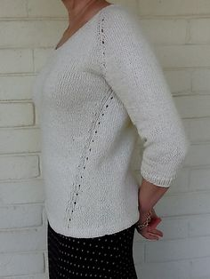 Ravelry: Beeline pattern by Heidi Kirrmaier.  Not a fan of top-down knitting but this is pretty.