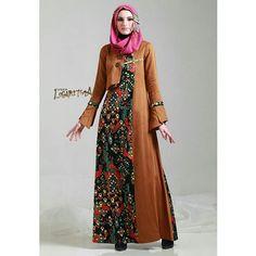 Do Guys Care About Women S Fashion Refferal: 9782659896 Batik Fashion, Abaya Fashion, Fashion Fabric, Trendy Dresses, Casual Dresses, Moslem Fashion, Dress Brokat, Fancy Kurti, Muslim Dress