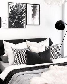 66 Ideas Bedroom Black And White Decor Design White Bedroom Design, Monochrome Bedroom, White Bedroom Decor, Bedroom Black, Black Bedding, Bedroom Inspo, Bedroom Colors, Modern Bedroom, Bedroom Ideas