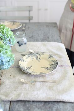 Dreamy Whites: French Farmhouse Table Setting, Blueberries, French Transferware, and a Dreamy Whites Online Shop $200.00 Gift Card Giveaway.....