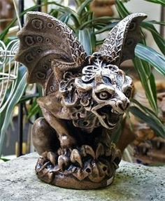 Maturin gargoyle       I like the intricate detail the went into making the wings and mane.