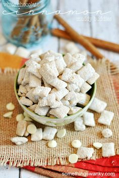 White Chocolate Cinnamon Muddy Buddies - Something Swanky Puppy Chow Recipes, Chex Mix Recipes, Snack Recipes, Dessert Recipes, Great Desserts, Delicious Desserts, My Burger, How Sweet Eats, Christmas Baking