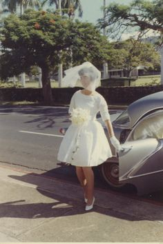Vintage Brides — 1964 newlyweds Aileen and Stan 1960s Wedding, Vintage Wedding Photos, Mod Wedding, Vintage Bridal, Wedding Bells, Wedding Bride, Wedding Gowns, Wedding Day, Vintage Weddings