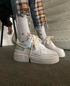Val Kristopher x Nike Air Force Cop or drop? Punk Outfits, Indie Outfits, Grunge Outfits, Sneakers Fashion, Fashion Shoes, Sneakers Nike, Lolita Outfit, Parisian Girl, Socks Outfit