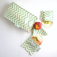 Organic Lunch Bag Set, Insulated, 100% Organic Cotton, Eco Friendly, Sea Green Chevron.  Our waste-free, purely organic cotton insulated lunch bag