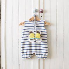 MINI SHUU | Summer baby look, sandalias, baby sandals, flip flops, baby shoes, baby clothes, calzado  infantil, ropa bebé