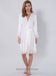 Elegant Bride Embroidered Robe