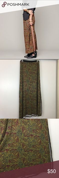 """Free People Maxi Slit Skirt ❣️ Great condition. Size small. Waist straight across 14.5"""". Length 37"""". Slit in left side. No trades ❌❌ No modeling Free People Skirts Maxi"""