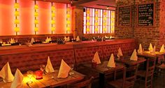 LÜTTICHER   Mediterran angehauchte Küche, herzlicher Service und eine Atmosphäre, die selbst verwöhnten Kölnern des belgischen Viertels noch ein Staunen entlocken kann - das alles gibt es im Lütticher. Ob bei schönem Wetter auf der gemütlichen Terasse oder im stylischen Gastraum, im Lütticher kann man den Tag mit einem tollen Essen ausklingen lassen.