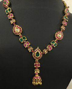 Gold jewellery design necklaces - Simple Necklace with Kundan Jhumkas – Gold jewellery design necklaces Gold Jewelry Simple, Trendy Jewelry, Jewelry Ideas, Silver Jewelry, Fashion Jewelry, Minions, Wholesale Gold Jewelry, Gold Jewellery Design, Designer Jewelry