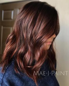 Chocolate+Brown+Hair hair makeup 60 Auburn Hair Colors to Emphasize Your Individuality Dark Auburn Hair Color, Brown Hair Color Shades, Red Hair Color, Cool Hair Color, Auburn Colors, Brown Auburn Hair, Dark Red Brown Hair, Fall Auburn Hair, Ash Brown