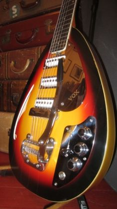 1966 Vox Mark XII 12 String Electric Sunburst > Guitars : 12 String Electric…
