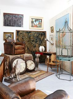 Modern + Traditional Auction, curated byDavid Bromleyfor Leonard Joel Auction House. Photo -Eve Wilson.