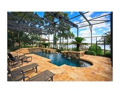Covered pool (Florida style). Awesome!