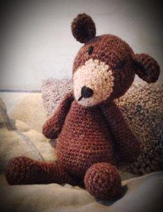 Crochet bear. Pattern from Edwards Menagerie.