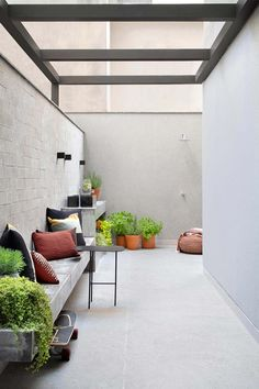 Rooftop Design, Balcony Design, Patio Design, House Design, Outdoor Laundry Rooms, Indoor Outdoor Living, Exterior Wall Design, House Extension Design, Interior Garden