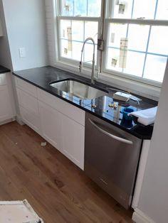 remodel design custom home builder house renovations contractor construction interior kitchen granite countertops floors tile wood cabinets