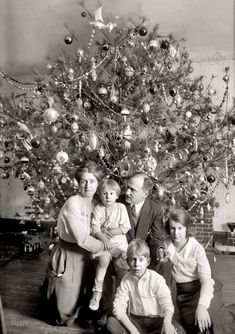 Shorpy Historical Photo Archive :: From All of Us: Christmas 1921