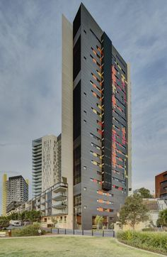 Silk Apartments by Tony Caro Architecture