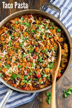 Made with chicken or ground beef and loaded with Mexican flavor, this healthy cheesy Taco Pasta is perfect for busy nights! And it's made in one-pan! Taco Pasta Recipes, Easy Rice Recipes, Healthy Pasta Recipes, Healthy Pastas, Easy Healthy Dinners, Chicken Recipes, Healthy Dishes, Meal Recipes, Vegetarian Recipes