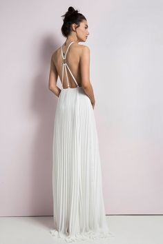 Picture of ΦΟΡΕΜΑ ΠΛΙΣΕ MAXI ΜΕ ΑΝΟΙΧΤΗ ΠΛΑΤΗ pleated white dress wedding greek long maxi open back