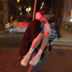 𝐡𝐮𝐧𝐝𝐫𝐞𝐝 𝐭𝐰𝐨, couple goals Relationship Goals Pictures, Cute Relationships, Couple Aesthetic, Aesthetic Pictures, Summer Aesthetic, Aesthetic Grunge, Aesthetic Art, Cute Couples Goals, Couple Goals