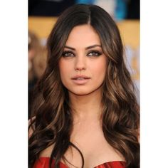 Best and Beautiful Caramel Hair Color Ideas - To have a beautiful hair color is a dream for all of us. We'd love to have a beautiful hair color Dark Brown Hair With Caramel Highlights, Hair Color Caramel, Hair Highlights, Subtle Highlights, Highlights Underneath, Caramel Brown, Carmel Highlights, Chocolate Brown, Peekaboo Highlights
