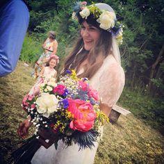 #CHAINWED #weddingflowers #wildweddingflowers #outdoorwedding #woodlandwedding