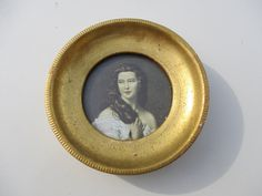 Vtg Gilt Florentine Italian Wood Framed Young Victorian Woman Portrait Print Round Gold Picture Frame, Made Italy by treasuretrovemarket on Etsy