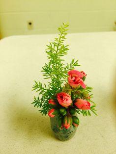Garden Club Journal: Delicate Diversions - miniature designs  2  floral design    flower arrangement  gardenclubjournal.blogspot.com