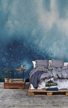 Watercolour for your walls. This sumptuous blue wallpaper design is perfect for bringing calming vibes into your bedroom. Team with rustic wooden furniture for a relaxed yet stylish look. Trendy Wallpaper, Blue Wallpapers, New Wallpaper, Watercolor Wallpaper, Painting Wallpaper, Watercolour, Blue Headboard, Inspiration Wall, Bedroom Colors