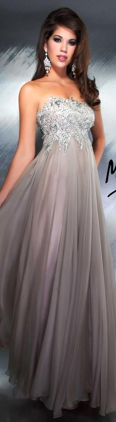 Mac Duggal couture dress platinum...