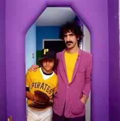 Frank and son Ahmet Zappa Frank Vincent, Frank Zappa, Mick Jagger, Jim Morrison, Retro Aesthetic, Interesting Faces, Jimi Hendrix, Mothers, Photos