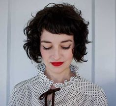 Short Curly Bob Hairstyles with Bangs Short Haircuts With Bangs, Curly Hair With Bangs, Curly Hair Cuts, Curly Bob Hairstyles, Short Curly Hair, Short Hairstyles For Women, Wavy Hair, Short Hair Cuts, Curly Hair Styles