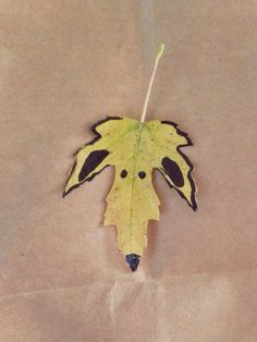 Leaves and Animals - Crafts for Fall / Autumn
