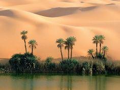 Среди самых живописных озер на территории Ливии можно назвать Габерун и Умм-аль-Маа (Мать воды). На берегу озера Габерун существуют развалины старой деревни, которые привлекают туристов. Существует также небольшой  туристический лагерь на берегу, в том числе открытое патио, спальные хижины, и сувенирный магазин. Есть еще два красивых озера – Умм аль-Хисан (Мать лошадь), которое пишется, как Ум Эль Хасан и расположено к северу от Габерун.