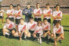 1993 River Plate - Arriba: Hernan Diaz , Gamboa , Corti y Lavallen  Hincados: Toresani , Crespo , Ortega , Albornoz y Berti