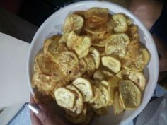 5 Ways to Make Banana Chips - wikiHow