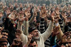 Muere el líder de la formación Tehrik Nafaz-e-Fiqh-e-Jafariya, Allama Nasir Abbas, y cientos de fieles salen a la calle para manifestarse. El clérigo Chií fue asesinado a tiros mientras viajaba en coche hacia su vivienda.
