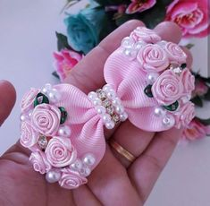 Best 12 Diy ribbon flower with beads grosgrain flowers with beads tutorial – Artofit – SkillOfKing. Diy Ribbon Flowers, Ribbon Crafts, Ribbon Bows, Fabric Flowers, Ribbon Flower Tutorial, Craft Flowers, Flowers Decoration, Ribbons, Making Hair Bows